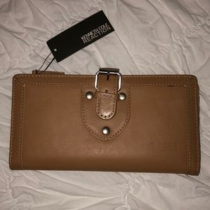 Brand New Kenneth Cole Wallet